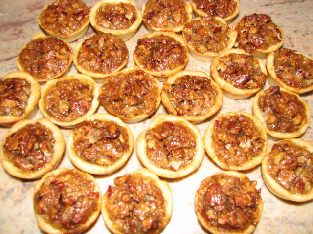 24 tassies pumpkin pecan tassies recipe bourbon molasses pecan tassies ...
